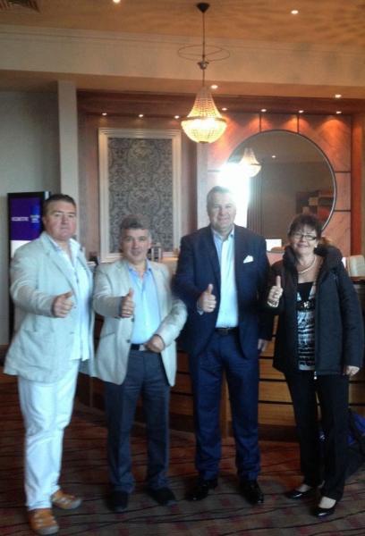 Írországi csapatunk Dublinban a DXN vezetőivel