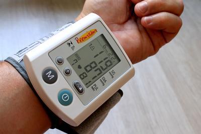 vérnyomás mérés csökkentés növelés