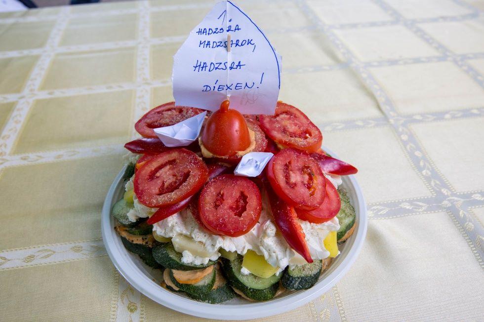 zöldségek nemzeti színekben