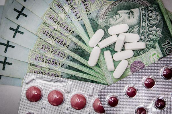 pénz és gyógyszer